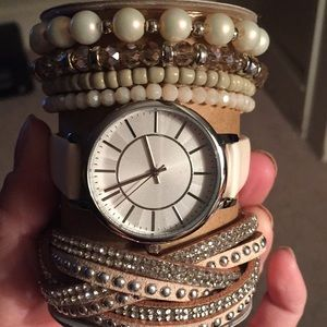 Watch/ set nwt